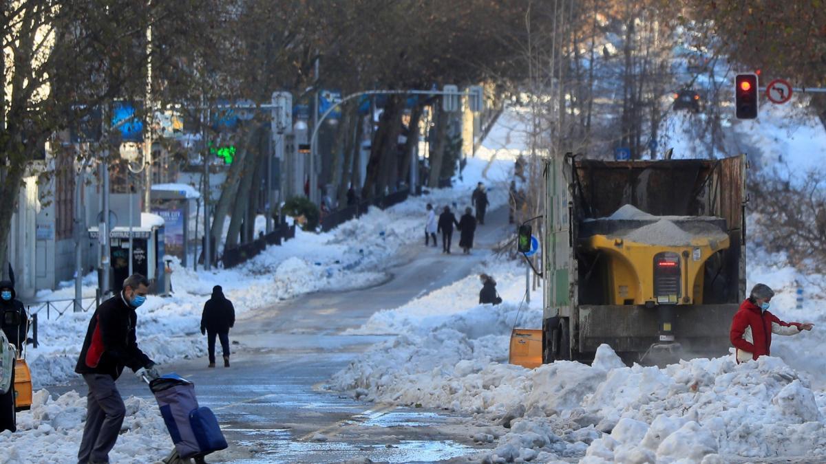 El clima de hoy donde tú vives - Página 32 Calles-intransitables