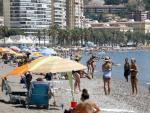 Playa buen tiempo calor Málaga España turistas vacaciones