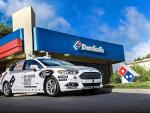 Ford y Dominos Pizza investigan el uso de vehículos autónomos en el reparto de comida a domicilio