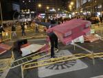 Un centenar de manifestantes tomó la Gran Vía en Madrid en la noche de Halloween