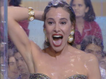 Ana Obregón en la ducha de ¿Qué apostamos?