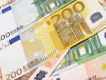 Fotografía de billetes de euro. Margaret Dickson protagoniza otro caso de millonaria en secreto.
