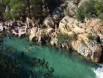 Fotografía de una piscina natural en las Fuentes de Algar (Alicante).