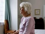 Fotografía de una pensionista que cobra la pensión de viudedad. El reparto de la pensión de viudedad es diferente si existieron varios cónyuges.