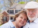 Fotografía de dos jubilados. Hay países europeos donde los jubilados pagan muy pocos impuestos por su pensión.
