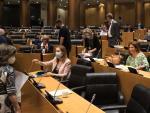 Los diputados de varios grupos debaten en la Comisión para la Reconstrucción en el Congreso