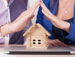 Fotografía de una hipoteca. Algunos bancos se apuntan a la moratoria hipotecaria.