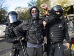 manifestantes golpeados por la policia