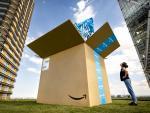 Fotografía de un paquete del Amazon Prime Day.