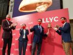 José Antonio Llorente junto a los tres socios profesionales de LLYC que forman parte del Consejo de Administración