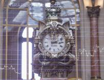 The clock of the Madrid Stock Exchange is approaching the change of exercise.