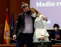 El exvicepresidente segundo del Gobierno, Pablo Iglesias, con la ahora vicepresidenta tercera, Yolanda Díaz.