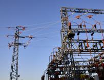 Ribera beruft sich auf Aktivistengelder und verdoppelt den Druck auf die Stromkonzerne