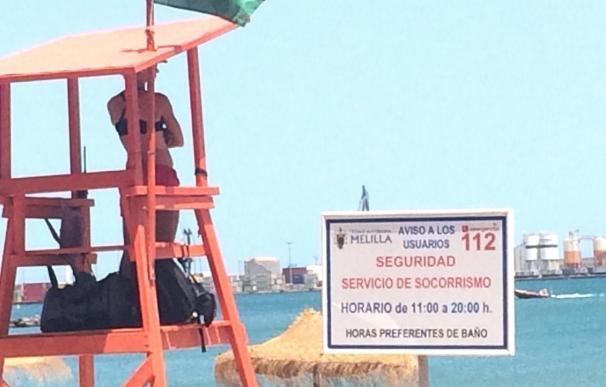 Reabren la playa de Melilla en la que aparecieron escorpiones tras unas rocas