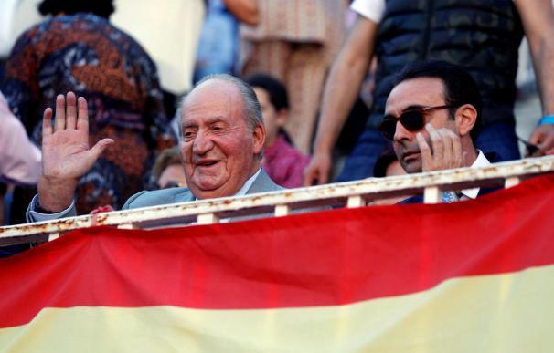 El rey emérito Juan Carlos junto al torero Enrique Ponce