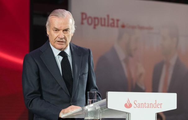 El presidente del Santander España, Rodrigo Echenique.
