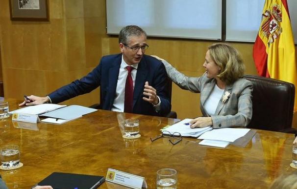 Pablo Hernández de Cos y Nadia Calviño / EFE