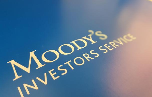 Moody's se mantiene estable y gana 333 millones en el primer trimestre
