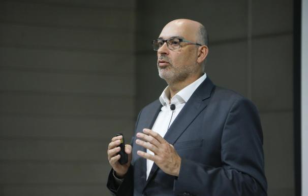El presidente de Telefónica España, Emilio Gayo, presenta las iniciativas de la compañía para los próximos meses