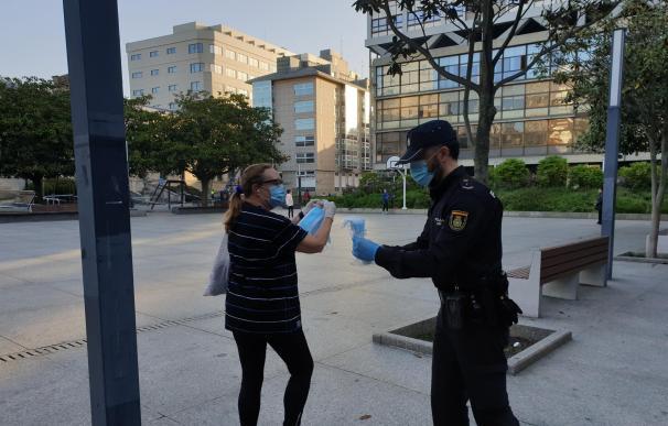 coronavirus Madrid policía mascarilla