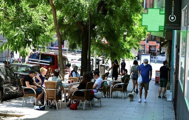 Terrazas en el barrio de Lavapiés de Madrid