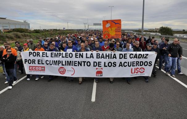 Manifestación de los trabajadores de la factoría de Delphi en Puerto Real (Cádiz).