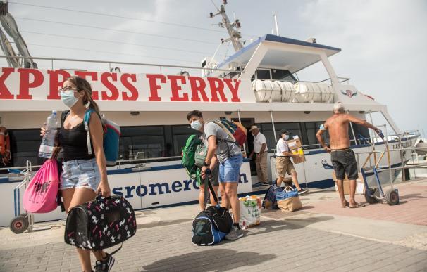 turistas coronavirus Islas Canarias, isla La Graciosa