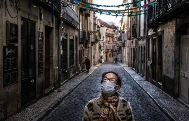 Portugal da marcha atrás en la desescalada