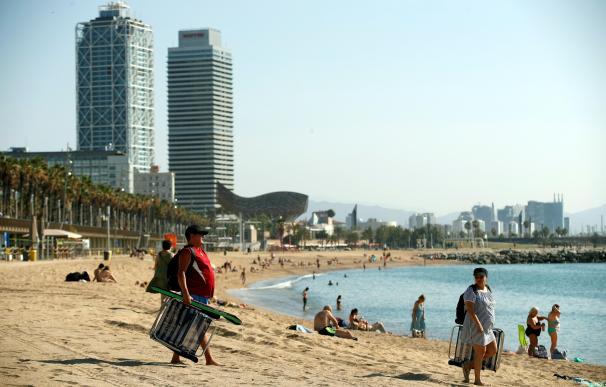 Reabren playa Barceloneta, Barcelona