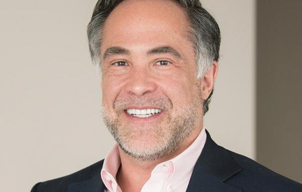 R. Martin Chávez, consejero de Banco Santander