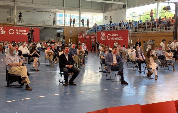 El presidente del Gobierno, Pedro Sánchez, en un mitin en la campaña gallega.