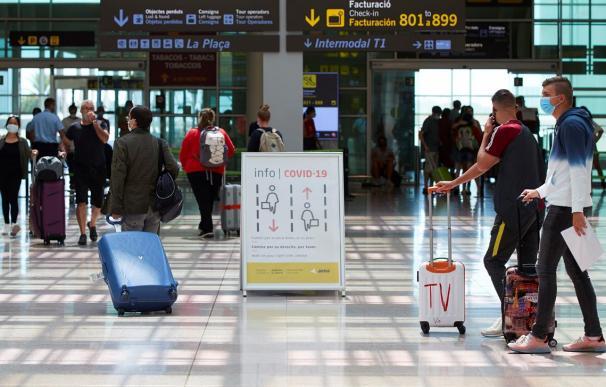El miedo al rebrote contagia a la UE: Bélgica aislará a viajeros llegados de Lleida y A Mariña