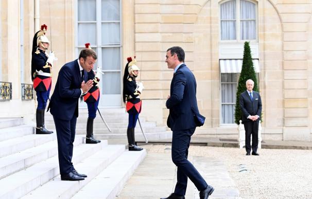 Sánchez se reúne con Macron en el Palacio del Elíseo