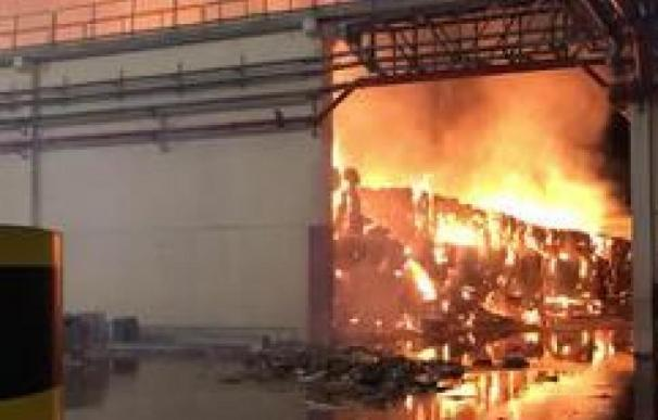 Incendio Saica fábrica Zaragoza