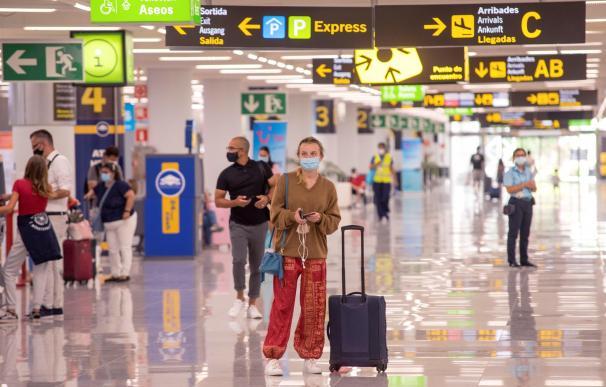 Aeropuerto, Aeropuerto de Palma de Mallorca, coronavirus mascarillas España