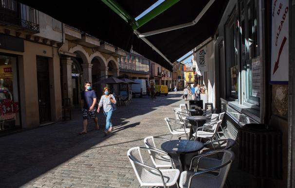 Una terraza vacía este miércoles en Aranda de Duero.
