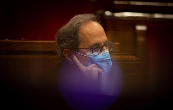 El presidente de la Generalitat, Quim Torra, durante el inicio de la sesión esta tarde del pleno extraordinario del Parlamento de Cataluña