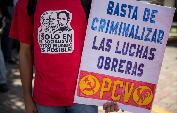 """Rebelión en el chavismo contra el ajuste """"macroeconómico burgués"""" de Maduro"""
