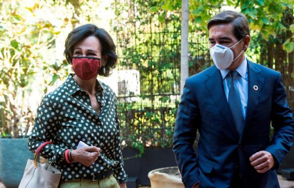 Ana Botín junto a Carlos Torres
