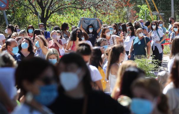 El caos de los test desafía unas aulas sin Covid en Madrid a 48 horas de la vuelta