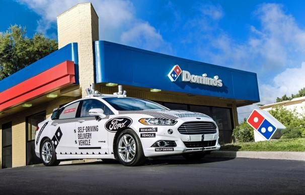 Ford y Dominos Pizza investigan el uso de vehículos autónomos en el reparto de comida a domicilio Ford y Dominos Pizza investigarán el uso de vehículos autónomos en el reparto de comida a domicilio (Foto de ARCHIVO) 29/8/2017