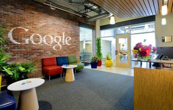 El plan de Google y Facebook para iniciar el regreso a las oficinas... en julio de 2021