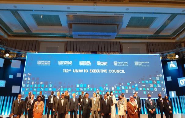 Foto de familia de la reunión del 112 Consejo Ejecutivo de la OMT que se celebra en Georgia.