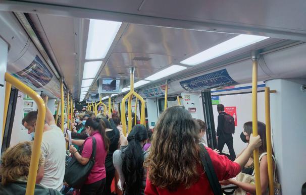 El metro en Pacífico, entrada directa a las estaciones vallecanas