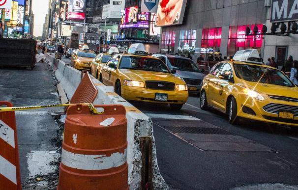 """El taxi amarillo de Nueva York se gripa por el azote del virus: """"Simplemente no hay trabajo"""""""