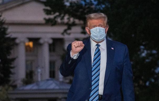 Donald Trump mascarilla
