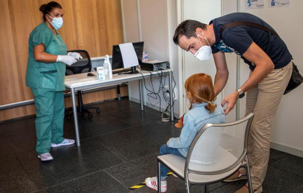 PCR prueba niña coronavirus Mallorca