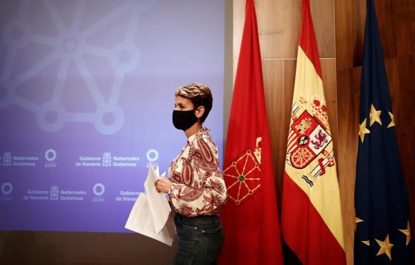 La presidenta del Gobierno foral, María Chivite, anuncia en rueda de prensa convocada de urgencia, que a partir de este jueves Navarra quedará bajo medidas de confinamiento
