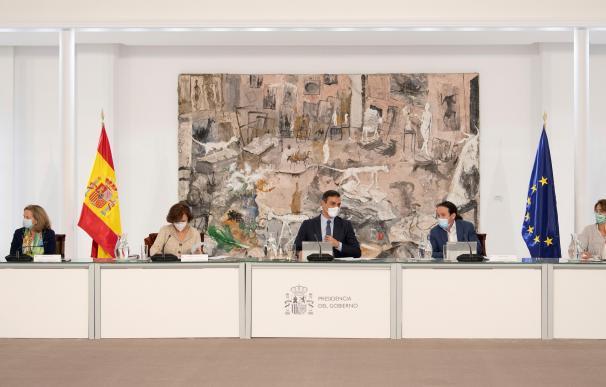 Imagen del Consejo de Ministros extraordinario celebrado este 25 de octubre.