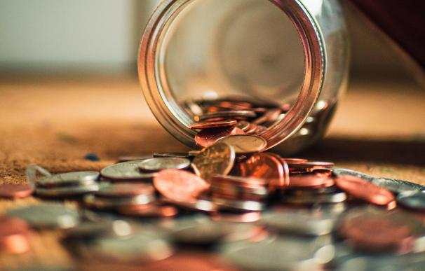 Para lograr nuestras metas no basta con ahorrar, hay que invertir el dinero para obtener rentabilidad y batir el efecto de la inflación.
